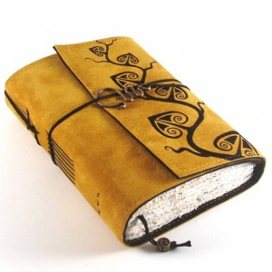 One of Kreativlink's gorgeous handmade books.